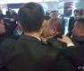 한국 취재진 구타하는 中 경호인력