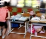 지진 대피 훈련하는 초등학생들