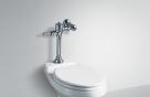 공중화장실 물내리기 '손vs발'…당신의 선택은?