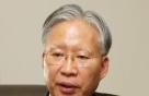 """""""음성인식 놔두고 판결문 타자치는 모습, 쏙이 탄다, 쏙이"""" IT 전도사 된 고위법관"""
