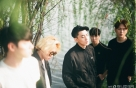 '뼛속'까지 촌스러운 복고…1992년생들의 록밴드 생존기