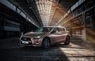 인피니티 쿠페+SUV 결합 Q30 출시..가격 3840만~4390만원