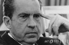 트럼프와 닉슨의 그림자
