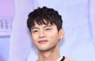 """서인국, 5급 '병역 면제'…""""박리성 골연골염 진단"""""""