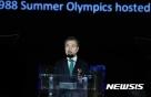 """文대통령 """"평창올림픽 北 참가 성사시킬 것…마지막까지 노력"""""""