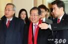 홍준표, 日 아베 총리와 회동…전술핵배치, 핵동맹 논의할 듯