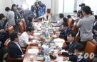 '최저임금 산입범위' 국회 논의, 24일 밤 9시에 재개