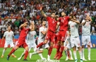 [월드컵] 스페인, 압도적 공세에도 이란과 득점 없이 0-0 (전반 종료)