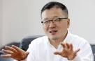 """""""10년 보고 투자해야""""…물 만난 '북한 전문가' 애널리스트"""