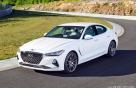 제네시스 'G70' 美모터트렌드 '올해의 차'로 선정..69년만에 최초