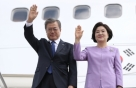 """文 """"모범적 비핵화 카자흐스탄, 한반도평화 지지"""""""