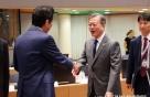 文, G20서 시진핑·푸틴과 연쇄회담..한일 정상회담 불발(종합)