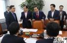 한국당 '선별 참여'에 국회 무력화…'추경' 어쩌나