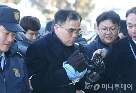김종 전 차관, 탁핵심판 8차 변론 참석