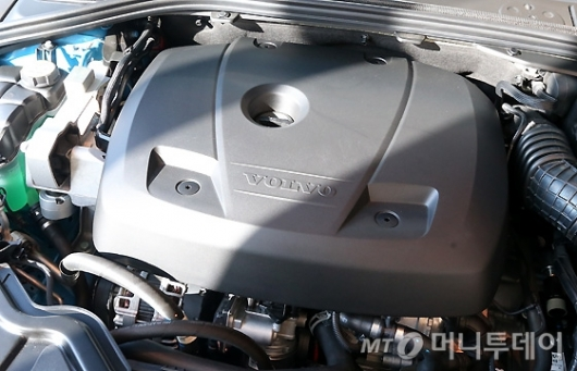 [사진]볼보 S60 & V60 폴스타 강력한 심장