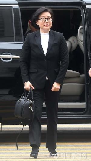 [사진]법원 출두하는 서미경