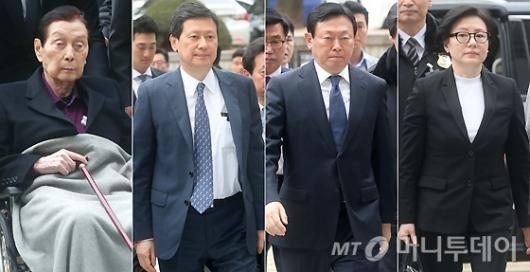 [사진]첫 재판 출석하는 롯데 총수 일가