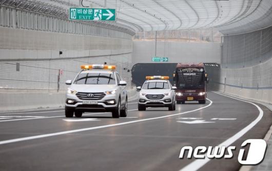 [사진]인천김포고속도로-청라 국제지하차도