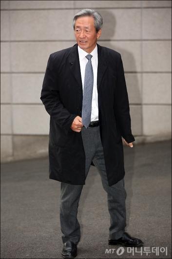 [사진]아버지 제사 참석하는 정몽준 이사장
