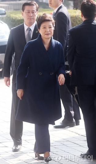 [사진]소환되는 박근혜 전 대통령
