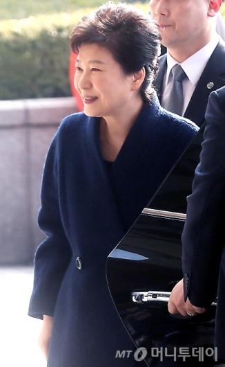 [사진]미소 짓는 박근혜 전 대통령