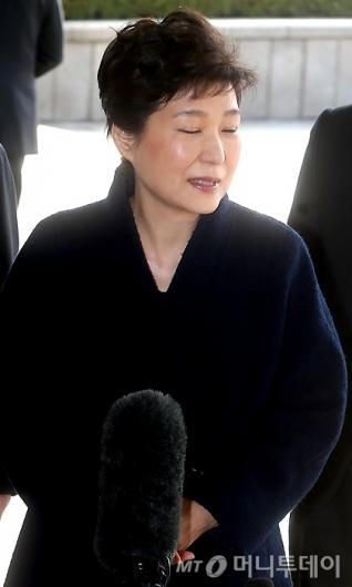 [사진]눈감은 박 전 대통령