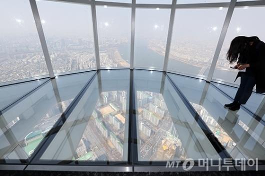 [사진]서울 도심 한 눈에 보이는 '서울스카이'