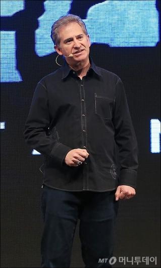 [사진]내한한 블리자드 마이크 모하임 대표