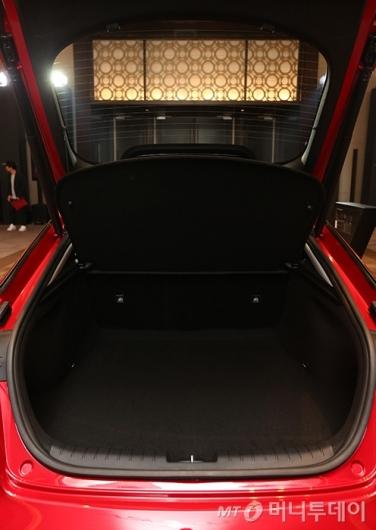 [사진]'스팅어'의 트렁크 공간