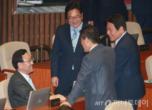 [사진]바른정당 찾은 우원식 민주당 원내대표