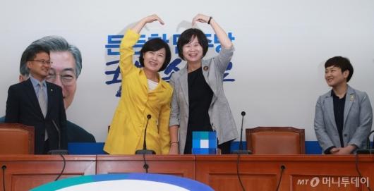 [사진]민주당 찾은 이정미 정의당 신임 대표