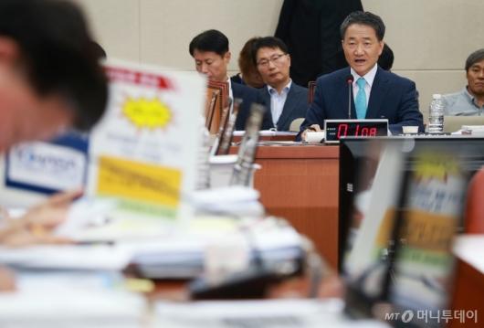 [사진]박능후 보건복지부장관 후보자 인사청문회