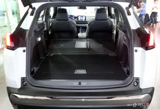 [사진]뉴 푸조 3008 SUV GT, 넓은 수납공간