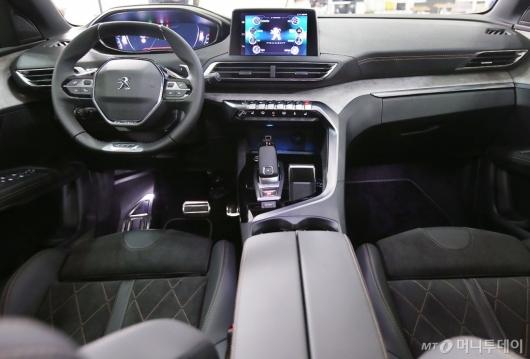 [사진]뉴 푸조 3008 SUV GT 실내 공간