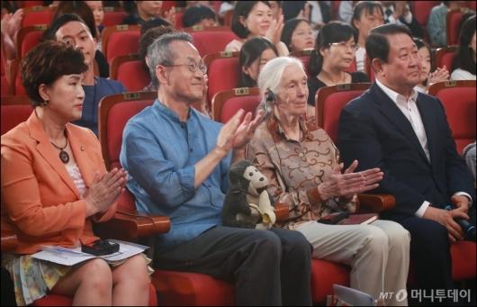 [사진]국회 찾은 제인구달 박사-최재천 교수