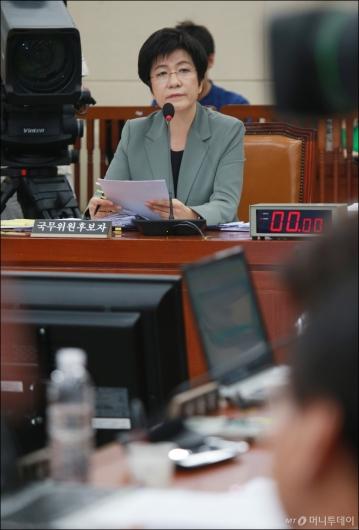 [사진]검증대 오른 김영주 고용노동부 장관 후보자