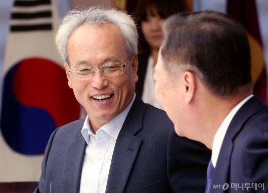 [사진]문성현-박용만, '웃음 가득'