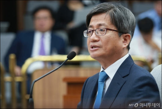 [사진]김명수 후보자 '우리법 연구회, 이득 본 것 없어'
