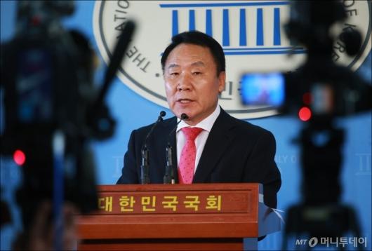 [사진]'채용청탁 의혹' 염동열, '폐광지 발전을 위해...'