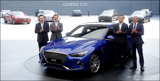 [사진]공개된 제네시스 'G70'