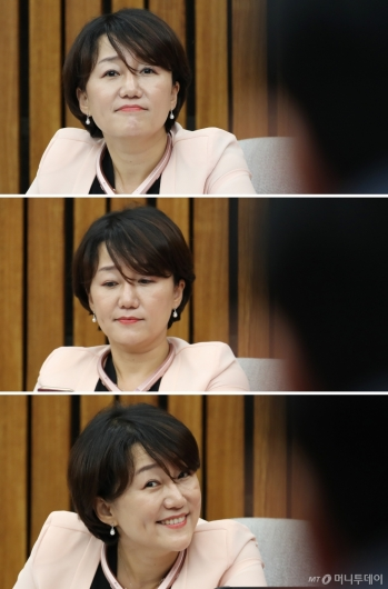 [사진]이재정, 이채익 항의에 '경청-무시-해맑'