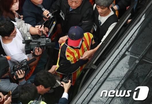 [사진]현장검증 마친 '어금니 아빠'