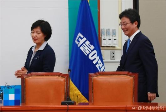 [사진]민주당 예방한 유승민 바른정당 신임 대표