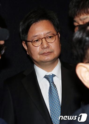 [사진]해임된 김장겸 'MBC 독립 못지켜 송구'