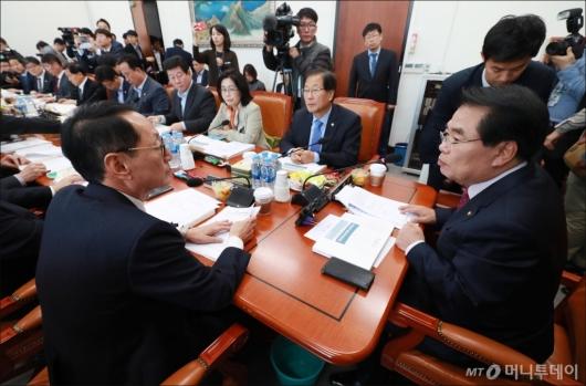 [사진]예결위 조정소위 첫 회의