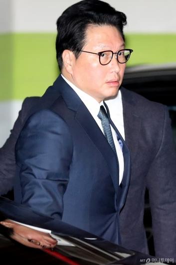 [사진]최태원, '서울가정법원으로'