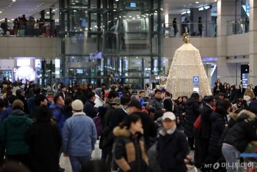 [사진]북적이는 인천공항 입국장