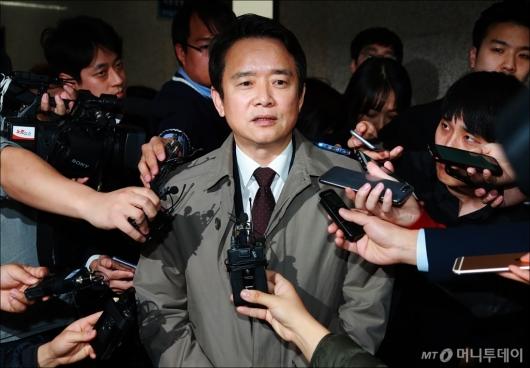 [사진]남경필, 유승민에 직접 탈당 통보...한국당 복당은 미정