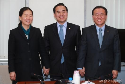 [사진]한자리 모인 3당 원내수석부대표