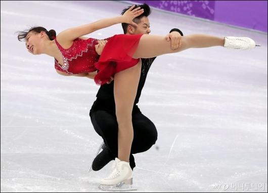 [사진]감강찬-김규은, '우리는 하나다!'